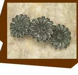 Anne at Home Three Daisey Flower Cabinet Pull