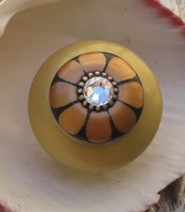 Susan Goldstick Light Gold/Amber/Black Mini Tiki Decorative Cabinet Knob