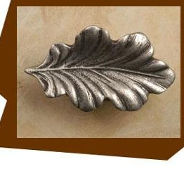 Anne At Home Fancy Oak Leaf Cabinet Knob - Large