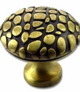 Big Sky Hardware-Crocodile Square Cabinet Knob Antique Brass