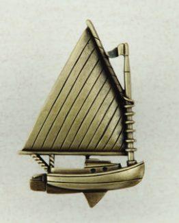 Acorn Manufacturing Catboat Cabinet KnobAntique Brass